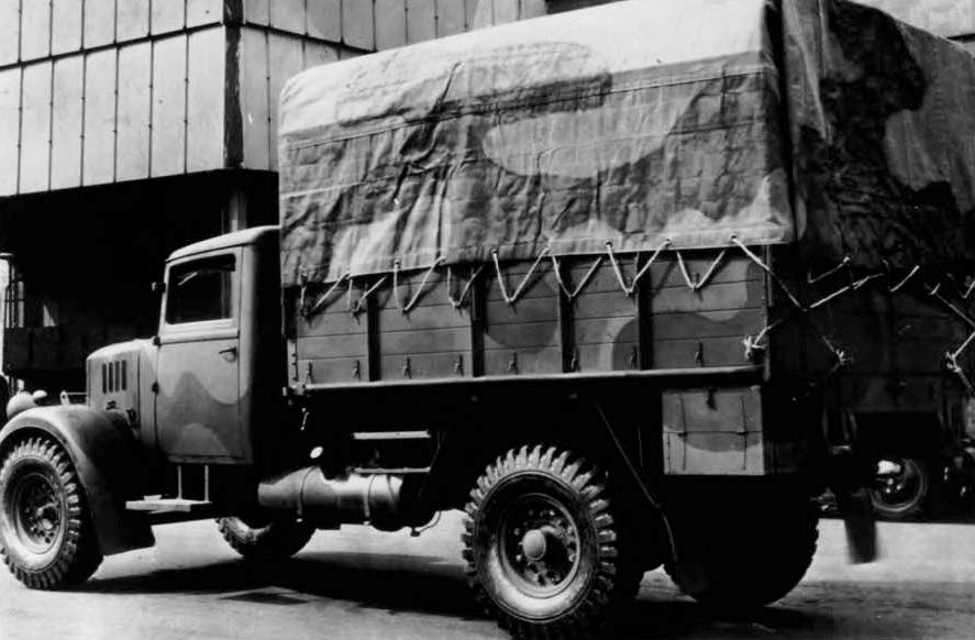 Fordson WOT1 war office truck